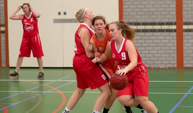 BVL met Mylou Roos in de aanval.   Foto: J.P. Kranenburg