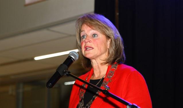 Lies Spruit adviseert een college te vormen met wethouders van vier partijen. | Foto: Arie in 't Veld