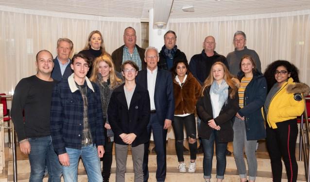 Jongeren en ondernemers op gesprek bij burgemeester Rijpstra. | Foto: PR