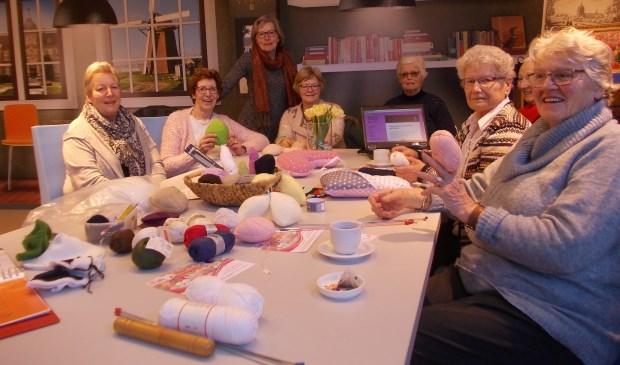 De dames in actie. Foto en tekst: Piet de Boer