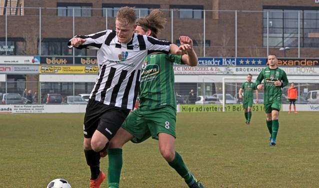 Tom Broekhuizen aan de bal. | Foto: Johanna Wever