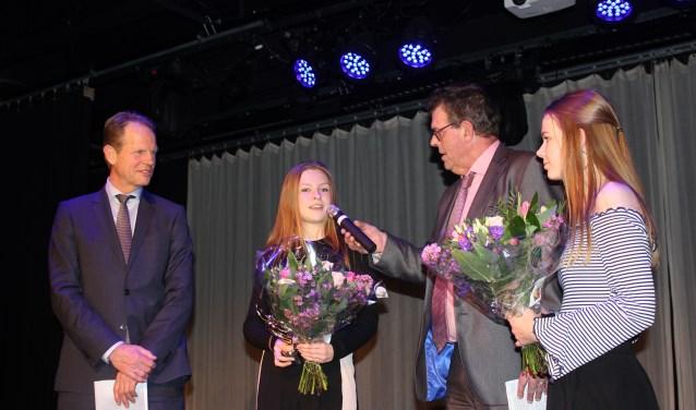 Manou Ruigrok en Ilse Rassin wonnen de Students Award. | Foto: Annemiek Cornelissen