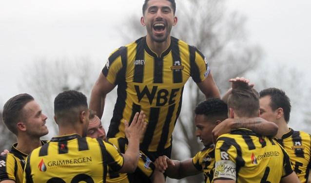 Masies Artien en RBB kunnen eindelijk juichen 0-3 winst tegen De Dijk.
