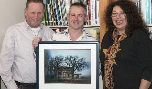 Vanaf links: Gerard van der Post, Tony Whelan en Jacolien Van der Valk. | Foto: pr