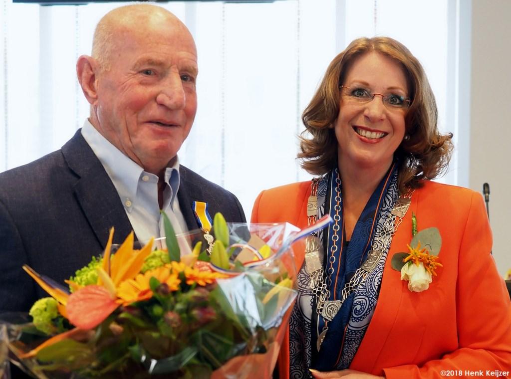 Hans van Rooijen is benoemd toto Ridder in de Orde van Oranje Nassau. | Foto: pr./Henk Keijzer Foto: pr./Henk Keijzer © uitgeverij Verhagen