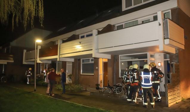 De brandweer verrichtte ook donderdagavond gasmetingen in de Pluimzeggekreek. | Foto: AS Media