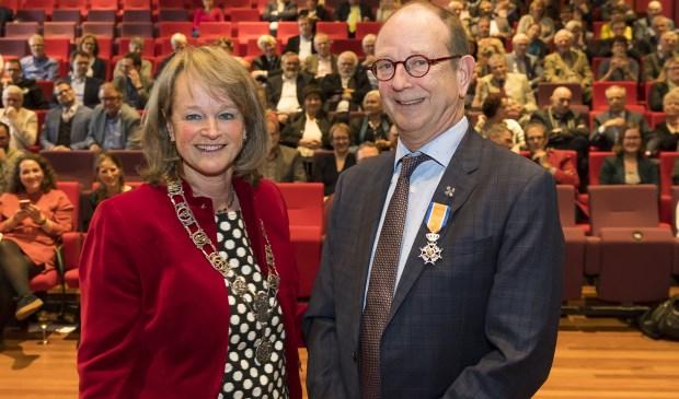 Burgemeester Spruit gaf in haar speech aan, dat ze De Roon zal missen nu hij stopt als wethouder.