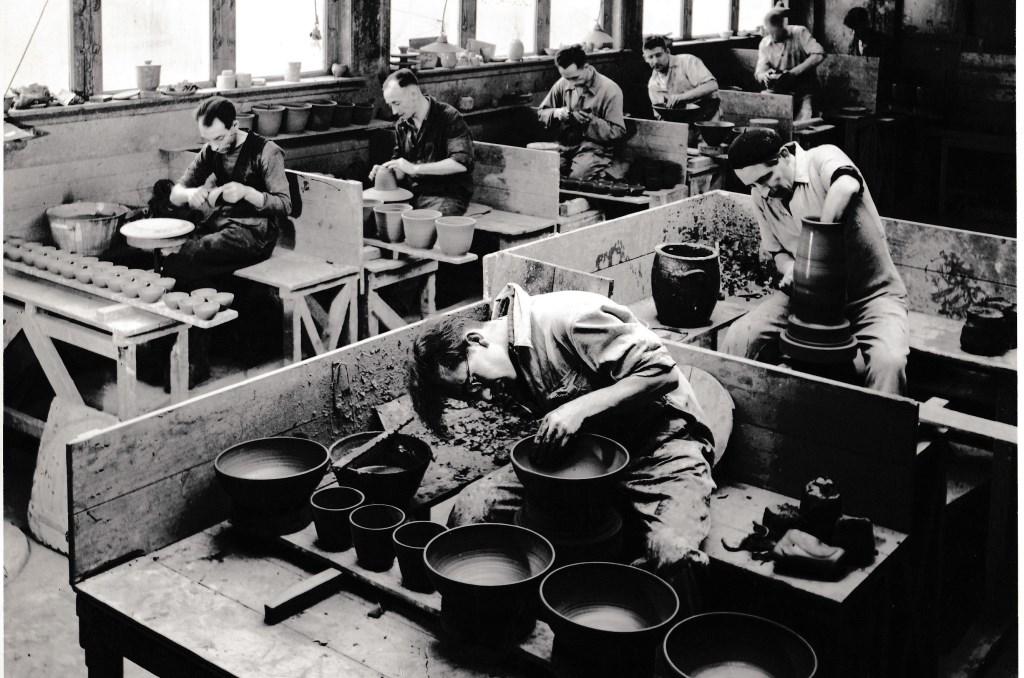 De potterij rond 1950.