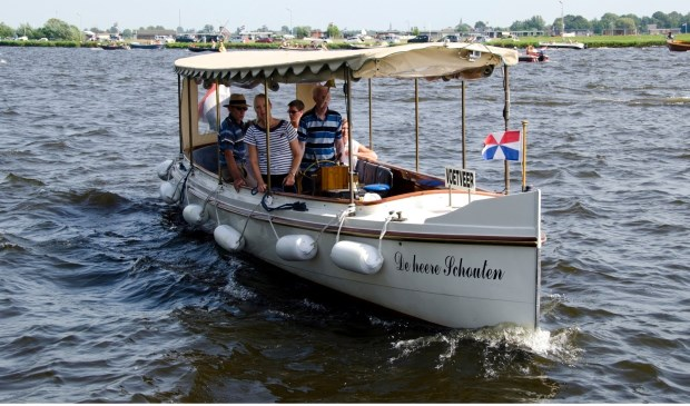 De heere Schouten uit 1908, het fraai gerestaureerde salonbootje dat vaart op 't Joppe.