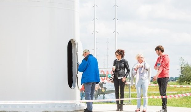 Op de Dag van de Bouw is het mogelijk de nieuwe hoogspanningsmasten van Tennet van dichtbij te zien.