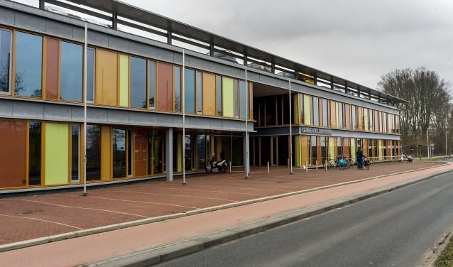Het Leiderdorpse gemeentehuis. Foto: J.P. Kranenburg