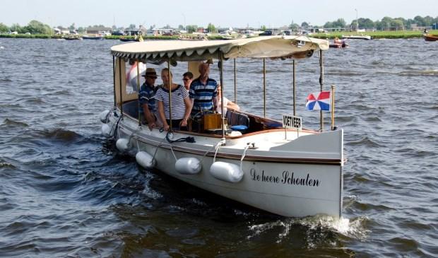 De heere Schouten uit 1908, het fraai gerestaureerde salonbootje dat vaart op 't  Joppe.   Foto: pr.