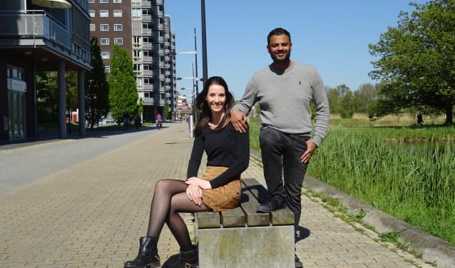 Joyce van Meurs en Rudo Slappendel op de Laan van Berendrecht, de beoogde locatie van de Leiderdorpse jaarmarkt.