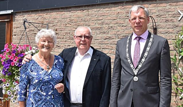 Mien en Wim van Egmond waren maandag jl. 60 jaar getrouwd.
