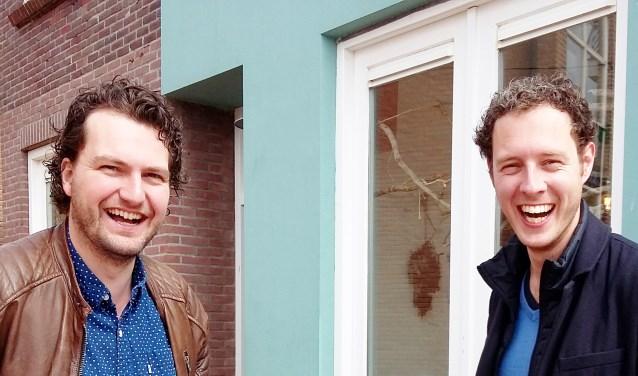 D66-fractievoorzitter Ralf Boland (links) met PvdA-fractievoorzitter Matthijs van Tuijl.