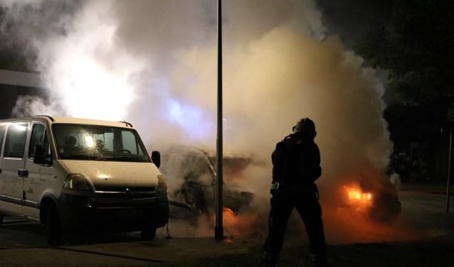 Branden en vandalisme deden besluiten tot het instellen van de noodverordening. | Foto: Flashlight Fotografie