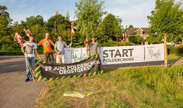 Jan-Willem Bom, Rob Heemskerk, Aad van der Burg en Rick Heemskerk starten de promotie. | Foto Wil van Elk