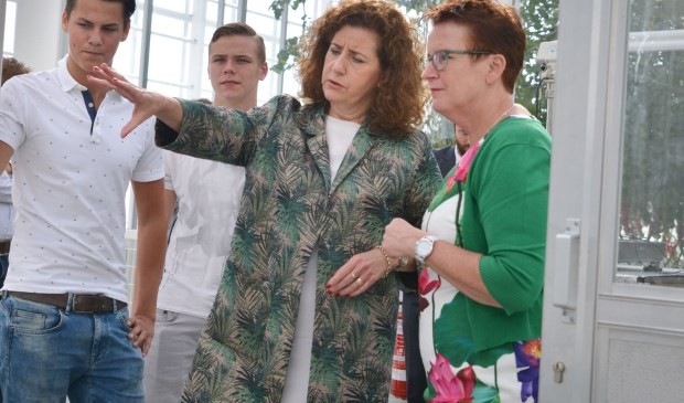 Minister bezoekt onderwijsvernieuwing bij Lentiz | MBO Westland in World Horti Center