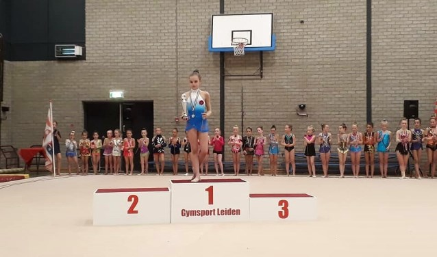Matilde Monteleone uit Oegstgeest is Leids Kampioen geworden in de discipline Ritmische Gymnastiek.