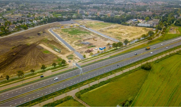 De weg De Boeg ligt er al met aansluiting op de Haarlemmerstraatweg.   Foto Eric Krom