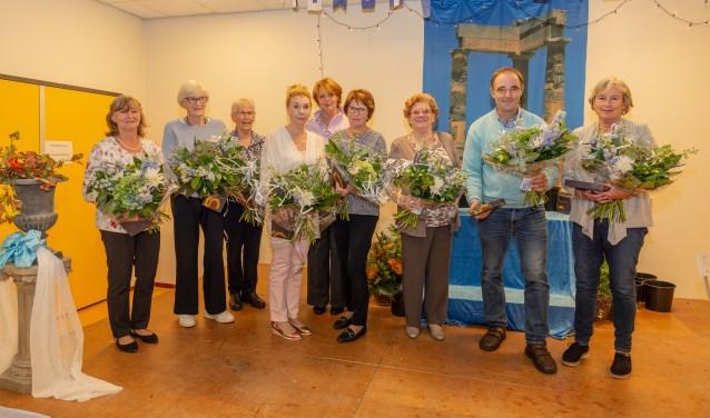 Van Wijckerslooth bedankt haar vrijwilligers en zet jubilarissen in het zonnetje. | Foto Wil van Elk