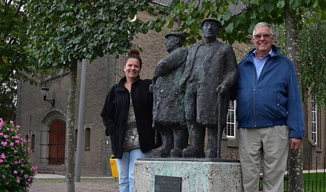 Jan en Kimberley van der Nagel op het Castellumplein waar het gaat gebeuren.