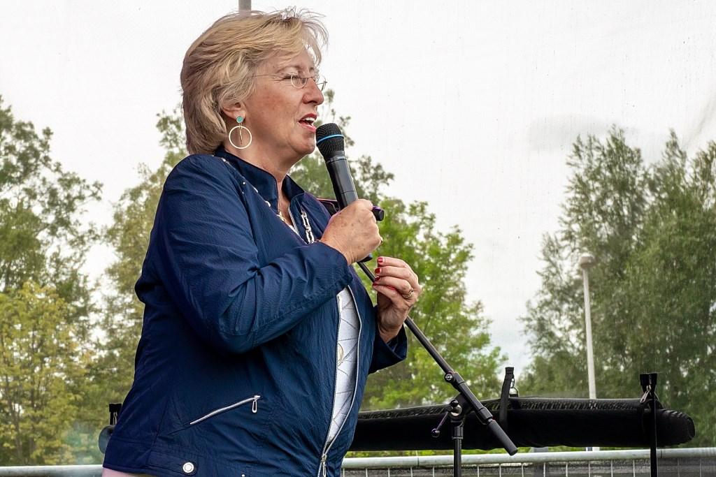 Burgemeester Laila Driessen opende de Jaarmarkt Leiderdorp Foto: J.P, Kranenburg © uitgeverij Verhagen