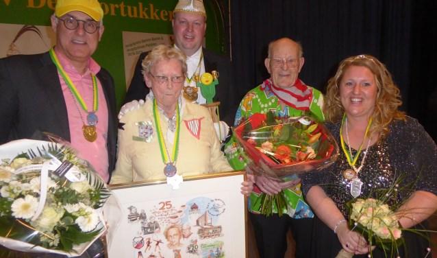 Groot was de verbazing bij mevrouw Plonie Zonneveld-van der Zwet.   Foto: Ina Verblaauw