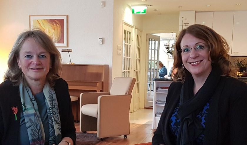 Lies Spruit (links) en Carla Breuer bezochten Adamas Inloophuis voor een nadere kennismaking.