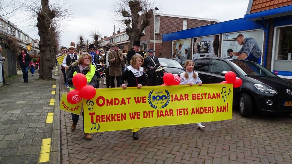 Optocht 2019.  Foto: pr./Gerard van Steijn © uitgeverij Verhagen