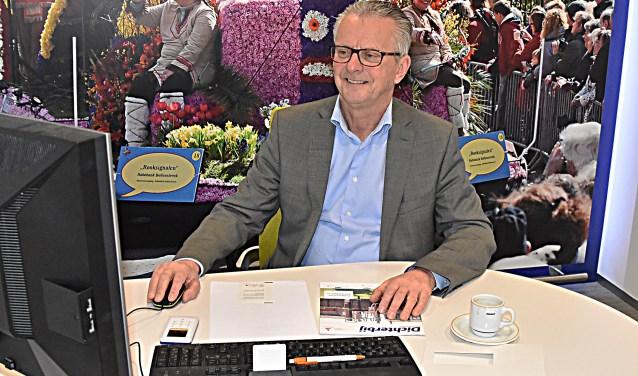 Koos van der Vlugt gaat na 48 jaar trouwe dienst met pensioen.
