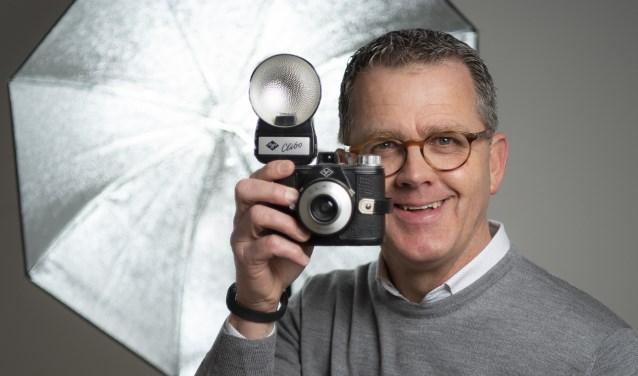 Met deze Clack begon Sven van der Vlugt zijn carrière als fotograaf.   Foto: Michel ter Wolbeek