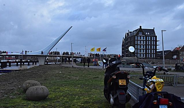 De brug over de Oude Rijn verbindt twee wijken met elkaar. | Foto: pr