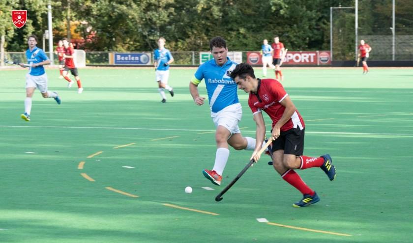 Deniz de Jong in actie tegen Hoorn.