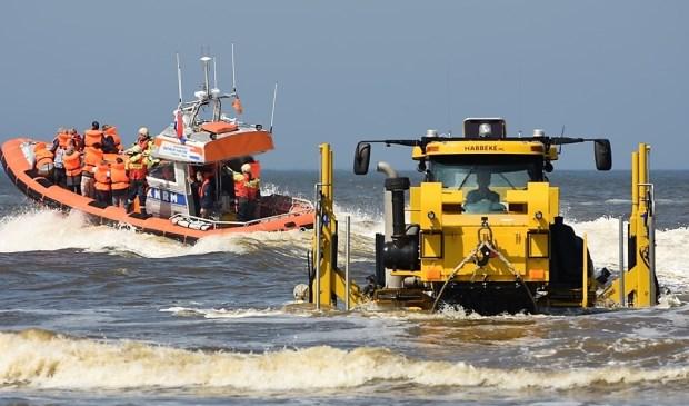 Donateurs kunnen meevaren met de reddingboot van Katwijk.