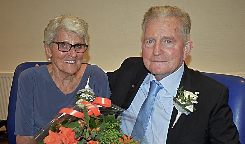 'Alles samen doen en delen' en 'Eerlijk en lief zijn voor elkaar'. Daar hebben Gerrit en Corrie zich altijd aan gehouden. | Foto: Piet van Kampen