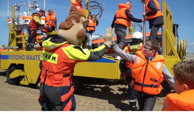 Er kon op de Reddingbootdag ook weer worden meegevaren met de Katwijkse reddingboot Edith Grondel.