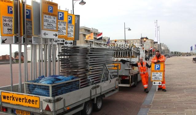 Met borden zal worden aangegeven waar tijdelijk niet geparkeerd kan worden. | Foto: Wim siemerink