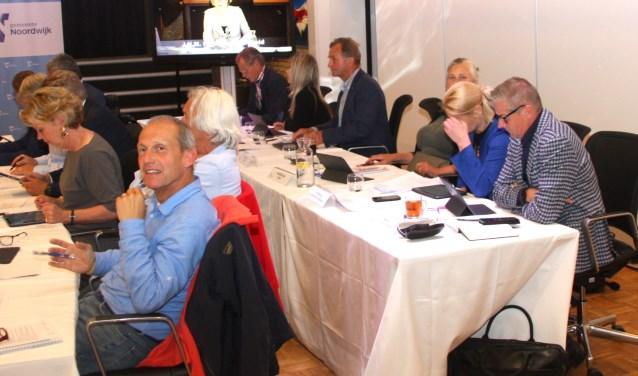 Het bespreken van diverse moties bepaalde deze keer de belangrijkste agendapunten. | Foto: WS