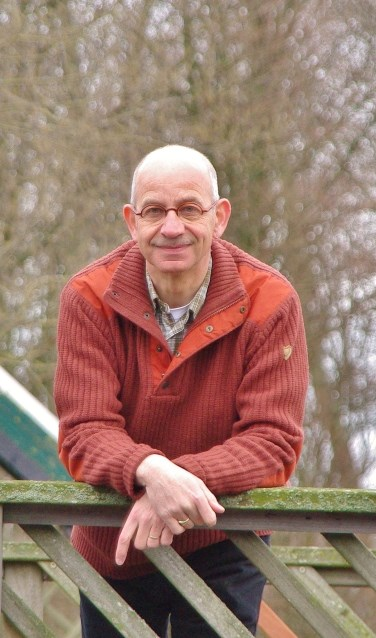 Oegstgeestenaar Waldo von Faber richt zich op voldoende water en waterkwaliteit in de Kust- en Bollenstreek en houdt zich bezig met KRW en biodiversiteit.