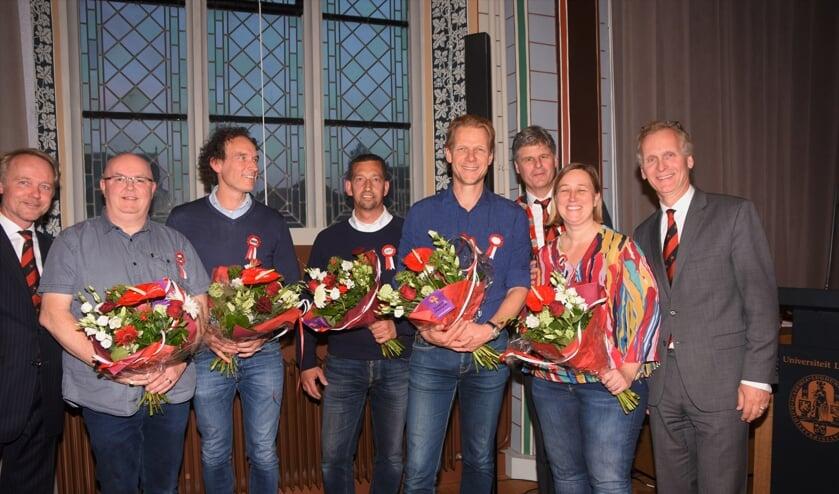 In het rijtje nieuwe Commissieleden een paar bekende gezichten waaronder presentator Menno Bentveld. | Foto: Emile van Aelst