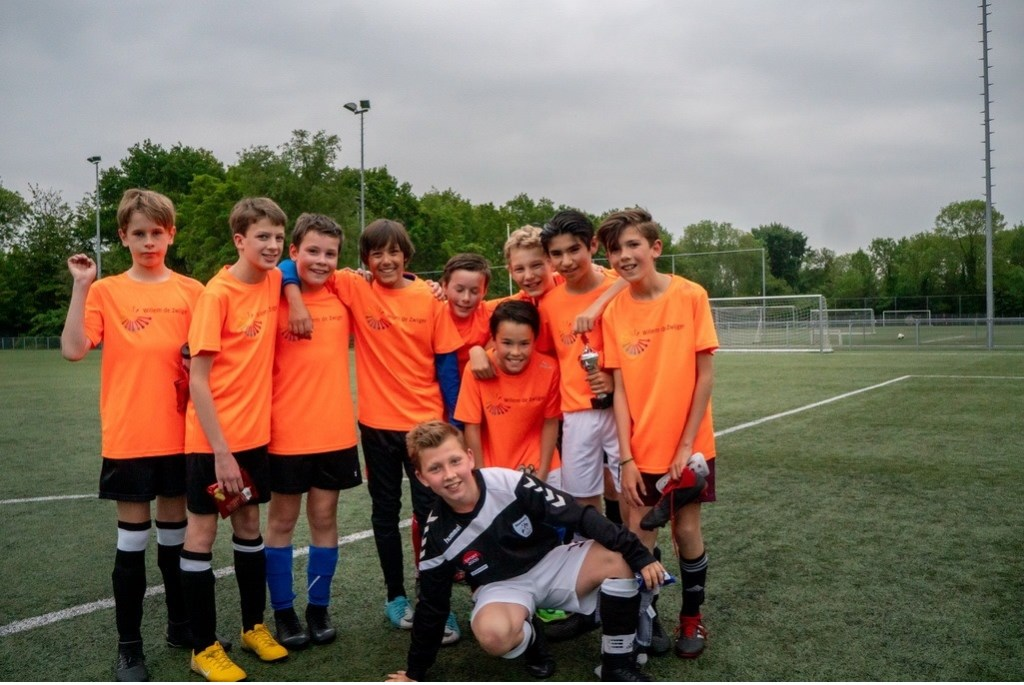 Willem de Zwijgerschool jongens groep 7/8 Foto: Johan Kranenburg © uitgeverij Verhagen