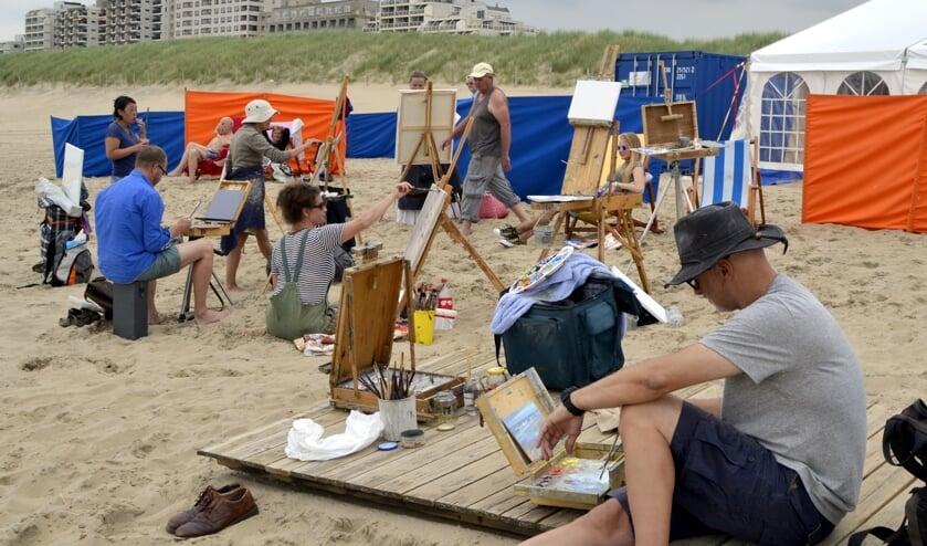 Schilderfestival op het strand   Foto: Archief