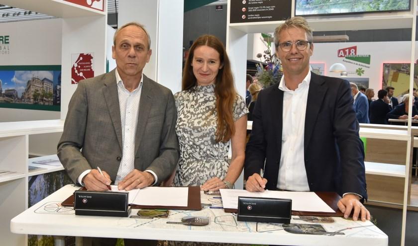 Vlnr: Christoffel Klap, Fleur Spijker en Laurens Cramer. | Foto: Pr
