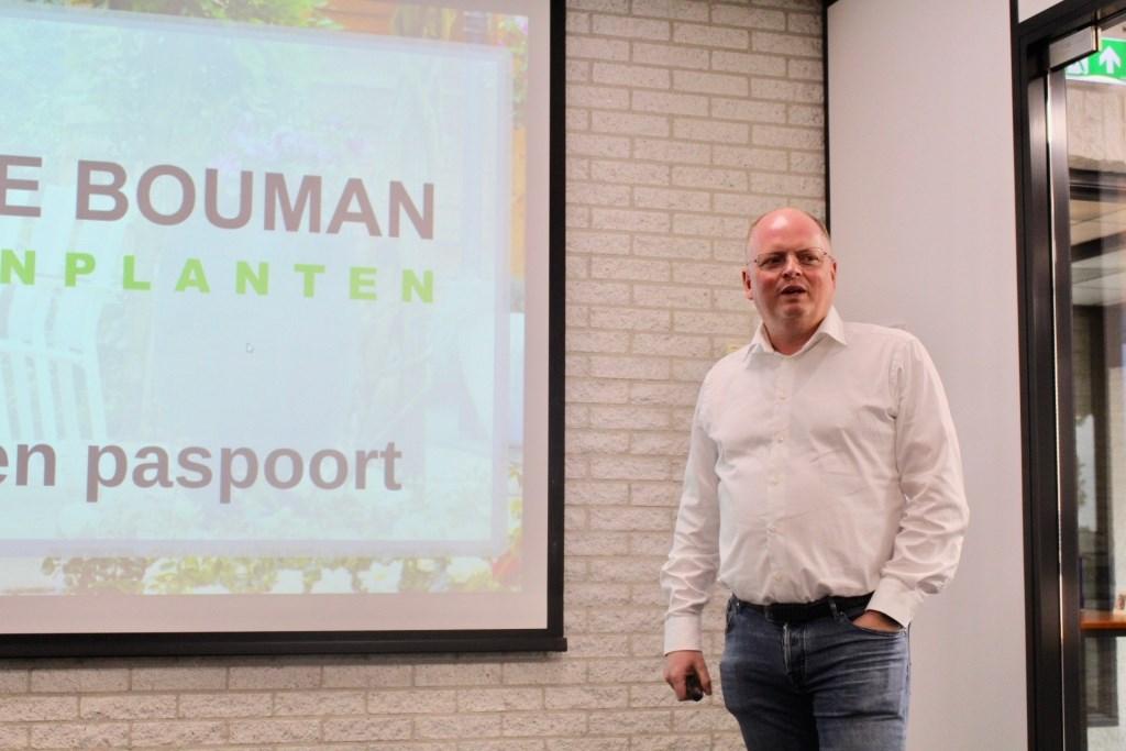 Gastheer Dirk Bouman, van Arie Bouman Tuinplanten B.V. Foto: walter landesbergen © Verhagen
