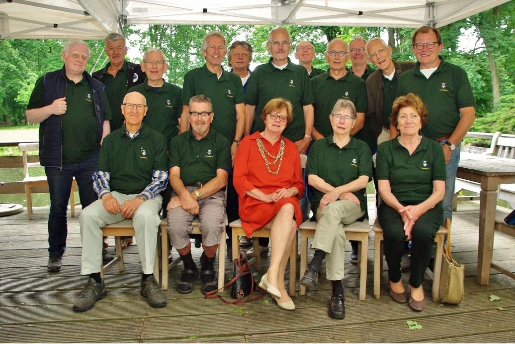 Alle vrijwilligers Foto:  © uitgeverij Verhagen