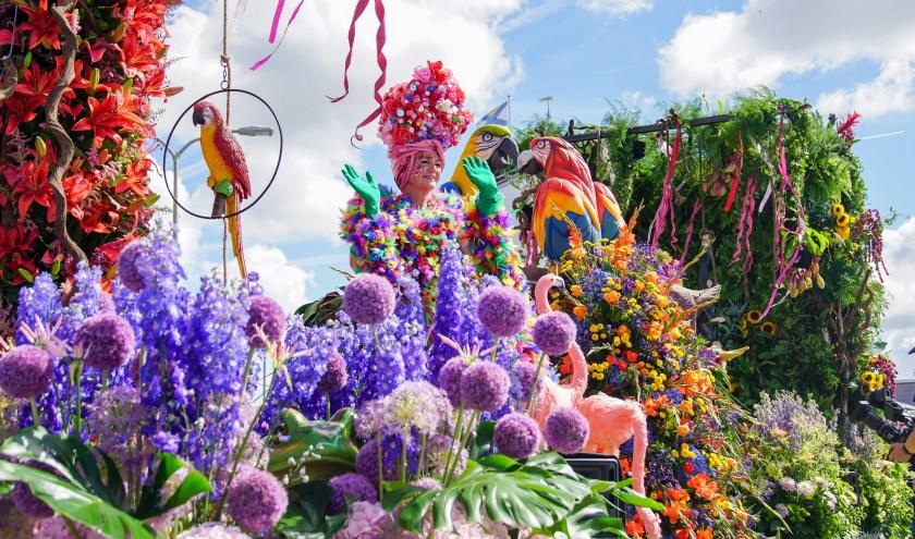 De Rijnsburgse parade is trendsetter op het gebied van bloemsierkunst.| Foto: PR