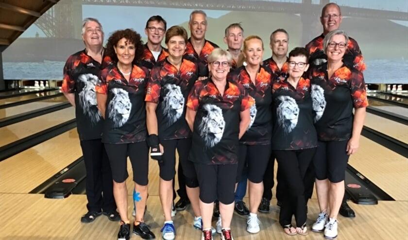Het Nederlands bowlingteam zal deelnemen aan  het WK bowlen voor 50-plussers. | Foto: PR