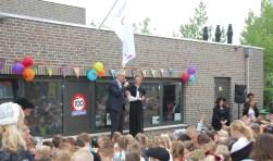 De burgemeester en de directeur openden de feestweek