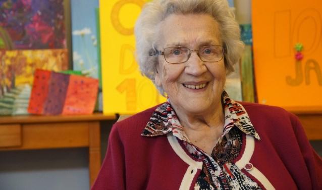 Een zeer krasse oude dame; mevrouw Van den Dengen (Foto, Cor Delissen)
